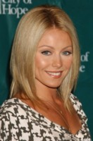 Kelly Ripa picture G101486