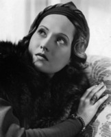 Merle Oberon picture G103149