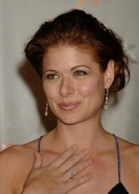 Debra Messing poster G108071