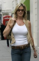 Penny Lancaster picture G115098