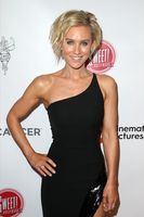 Nicky Whelan picture G1185971