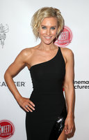 Nicky Whelan picture G1185975