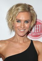 Nicky Whelan picture G1185987