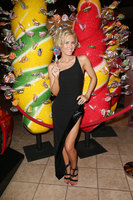 Nicky Whelan picture G1186003
