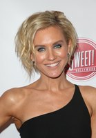 Nicky Whelan picture G1186013