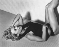 Kelly Carlson picture G119214