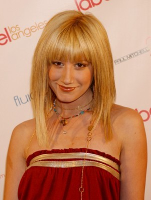 Ashley Tisdale poster G121422