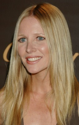 lauralee bell and kristen bell related