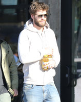 Liam Hemsworth picture G1242675