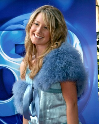 Ashley Tisdale poster G125704