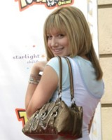 Ashley Tisdale picture G125760