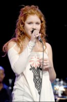Renee Olstead picture G130935
