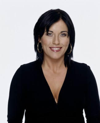 Jessie Wallace poster G128510