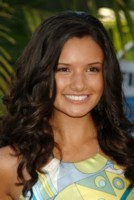 Alice Greczyn picture G133607
