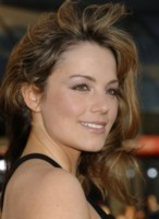 Erica Durance picture G135725