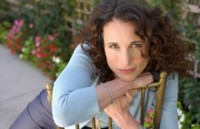 Andie MacDowell picture G113857