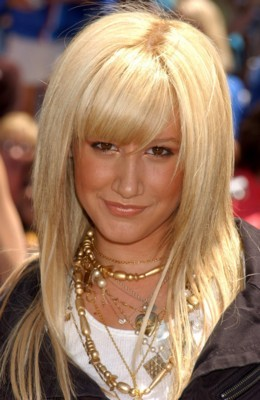 Ashley Tisdale poster G137571