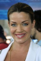 Claudia Christian picture G138343
