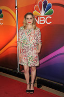 Mae Whitman picture G117628