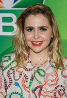 Mae Whitman picture G117625