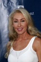 Linda Thompson picture G145257