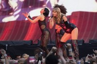 Taylor Swift picture G1527609