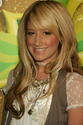 Ashley Tisdale poster G152812