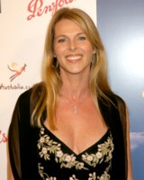 Catherine Oxenberg picture G153075