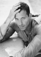 Johnny Messner picture G154387
