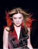 Kelly Clarkson picture G154692