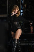 Taylor Swift picture G1549115