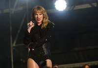 Taylor Swift picture G1549123