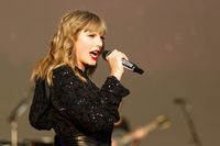 Taylor Swift picture G1549338