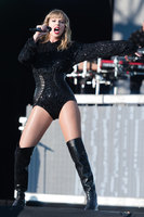Taylor Swift picture G1555640
