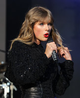 Taylor Swift picture G1556634