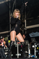Taylor Swift picture G1556635