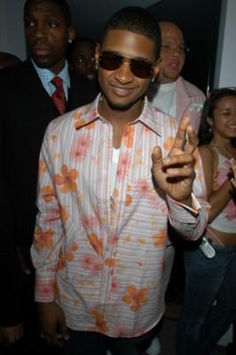 Usher poster G156213