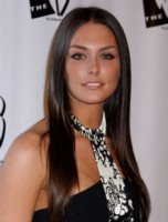 Taylor Cole picture G157034