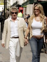 Penny Lancaster picture G159479
