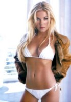 Elisha Cuthbert picture G16003