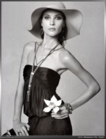 Erin Wasson picture G16070