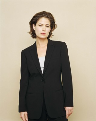Maura Tierney poster G160976