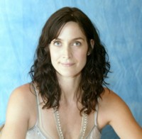 Carrie Anne Moss picture G166575