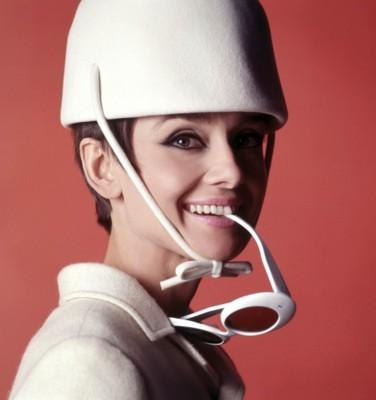 Audrey Hepburn poster G168720