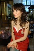 Zooey Deschanel picture G168962
