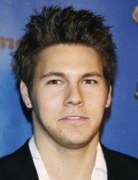 Scott Clifton picture G172106