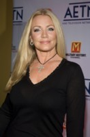 SHANNON TWEED picture G172767