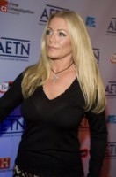 SHANNON TWEED picture G172769