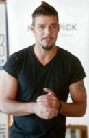 RICKY MARTIN picture G175211