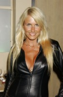 Nancy Sorrell picture G178020